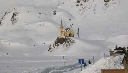 riale chiesa neve